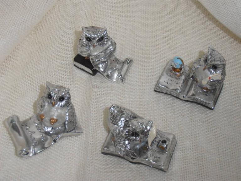 P7141186 Bomboniera per  Laurea….Gufetti  in resina  4 soggetti assortiti cm 4.5  euro 2.60